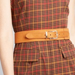 Outfit Balance Suede Belt